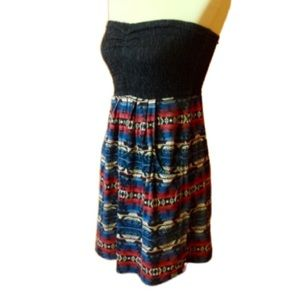 Billabong xs black n tribal print straples…